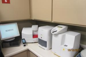 In house lab-chemistries, CBC, electrolytes. We also offer an in-house urinalysis test.
